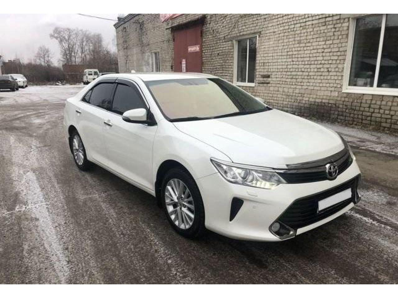 Toyota Camry, 2015 г. - 2/3