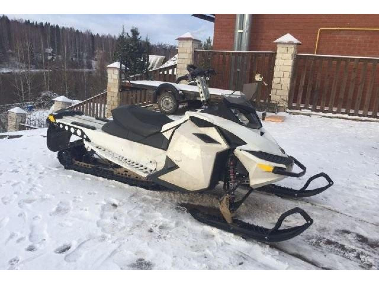 BRP Ski-doo Summit Freeride 800etec 154 - 2/4