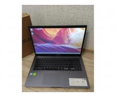 Новый Asus. intel 8Gen 4x3.9Ghz\8GB\MX250 DDR5